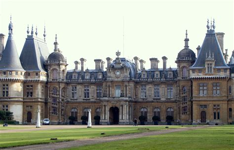 waddesdon manor file waddesdon manor jpg