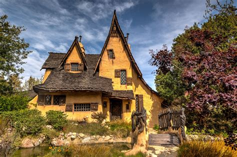 the houes the witch s house in beverly hills gate to adventures