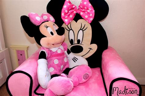 minnie mouse recliner chair minnie mouse recliner chair 28 images delta children