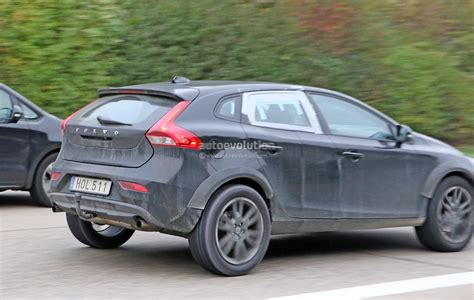 pictures of the volvo xc40 test mule future q3 x1