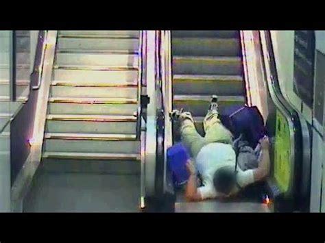 Topi Trucker Fail 4 escalators temporarily fails sorry for the conve