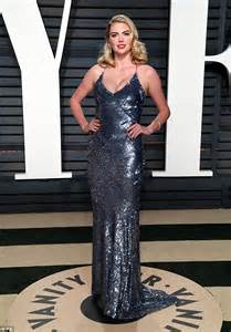 Vanity Fair Oscar Daily Mail Kate Upton Looks Glamorous At Vanity Fair Oscar