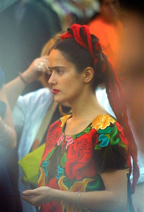 frida kahlo biography francais 25 best ideas about salma hayek biography on pinterest