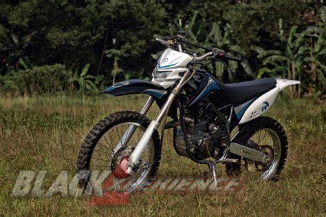 Shockbreaker Trail Modifikasi Yamaha Scorpio Trail Custom Nan Kekar