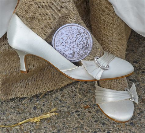 sixpence in shoe 7 school wedding traditions that should make a