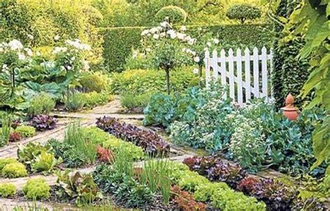 herb garden layouts herb garden layout images gardening vegetables