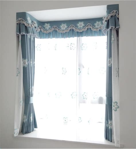 kitchen curtains bay window