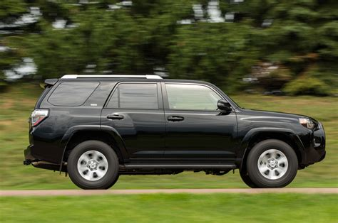 Toyota 4tunner 2014 Toyota 4runner Reviews And Rating Motor Trend