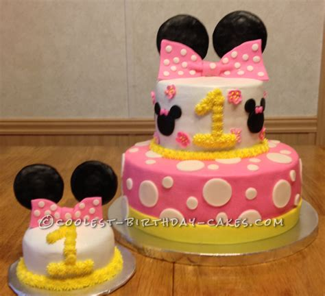 1st Birthday Decorations Minnie Mouse by Coolest Minnie Mouse 1st Birthday Cake Minnie Mouse
