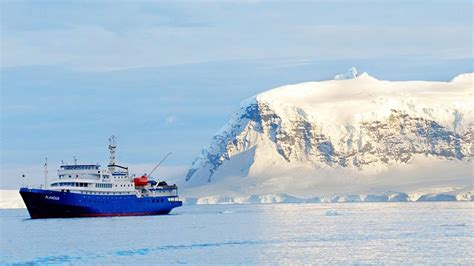 Promo Antarctica Board antarctica islands antarcticia expedition cruise antarctic tour encounters travel