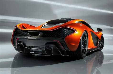 future car race between the new mclaren p1 and bugatti