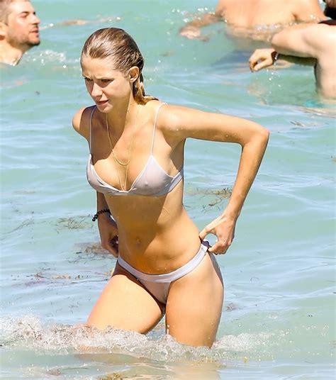 anouk van kleef bikini fun on the beach in miami florida