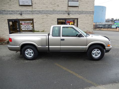 how do cars engines work 2003 chevrolet s10 auto manual 2003 chevrolet s10 extended cab stepside pickup 3 dr 4 3l v6 4x4 5 speed