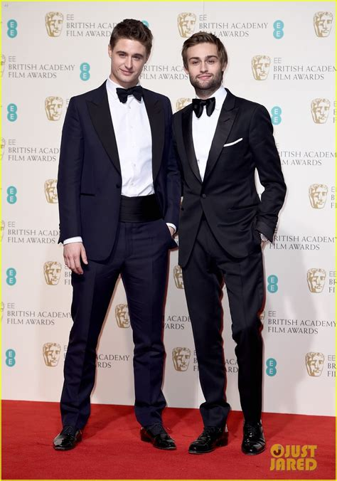 taron egerton engaged rising star nominee taron egerton suits up at baftas 2016
