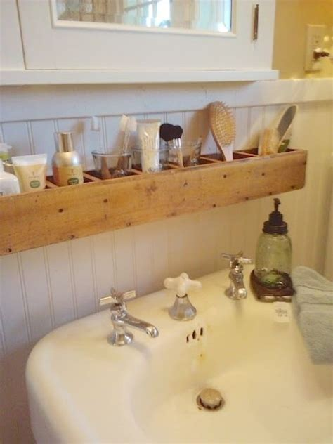 Tiny Bathroom Hacks Buzzfeed 29 Sneaky Tips Hacks For Small Space Living
