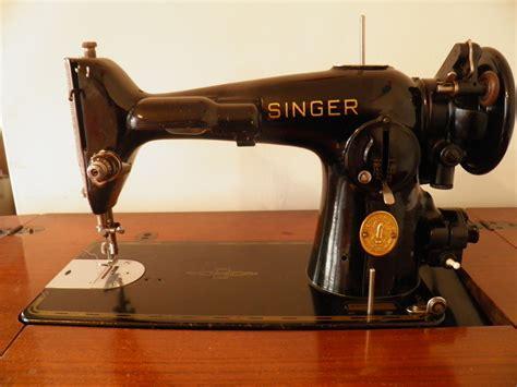 Vintage Singer Sewing Machine   Collectors Weekly