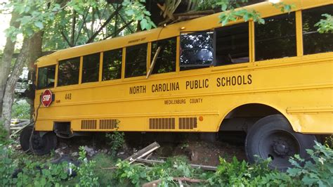 should school buses seat belts should school buses seat belts wcnc