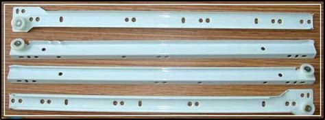 setting the cabinet drawer slides for the best works