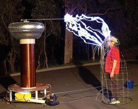Tesla Generators Tesla High Voltage Generator 32 Pics Izismile