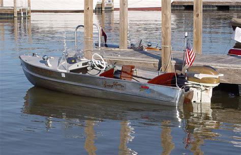 vintage aluminum fishing boats polished aluminum boat google search vintage boats