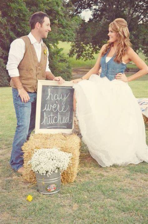 Wedding Attire Announcement by Best 25 Blue Jean Wedding Ideas On