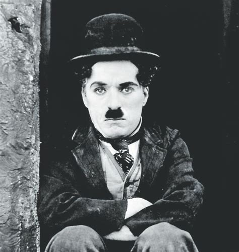 biography charlie chaplin en anglais spare biography doesn t shortchange story of film legend
