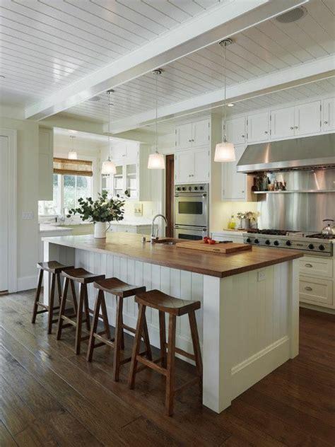 einbauküche mit kochinsel schlafzimmer gestalten im landhausstil