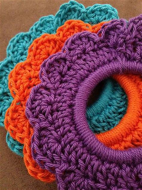 how to tie yarn into hair flower hair tie free pattern crochet love pinterest