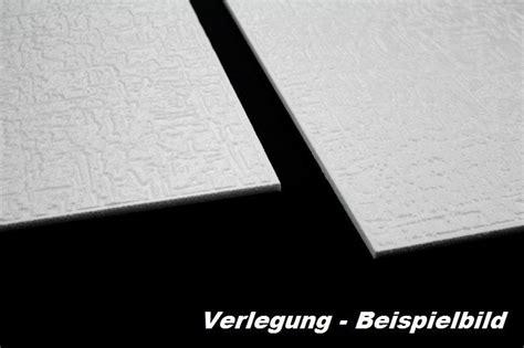 led len in der decke 1 m2 deckenplatten styroporplatten stuck decke dekor