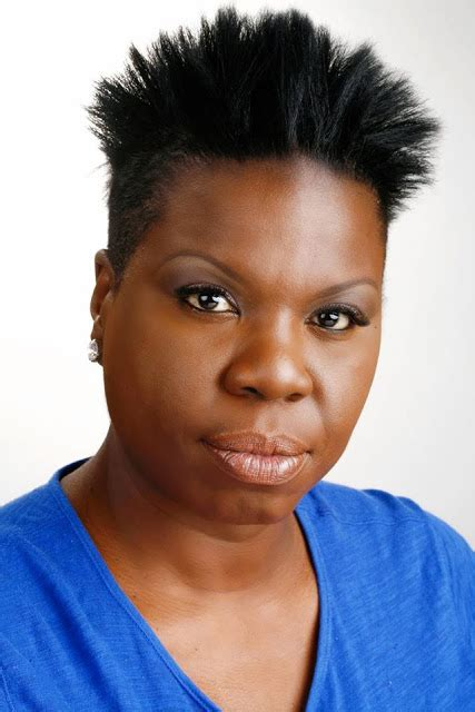 leslie jones bio facts age height measurements