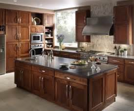 Center Island Kitchen Cabinets Fieldstone Milan Cherry Nutmeg Center Island Quartz Countertop Custom Kitchen Cabinets