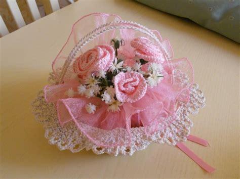 fiori all uncinetto per bomboniere bomboniere originali quelle realizzate all uncinetto