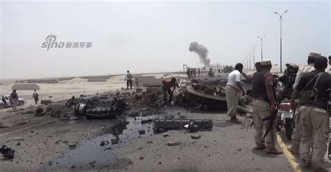 emirates yemen asian defence news uae bmps destroyed in yemen mines