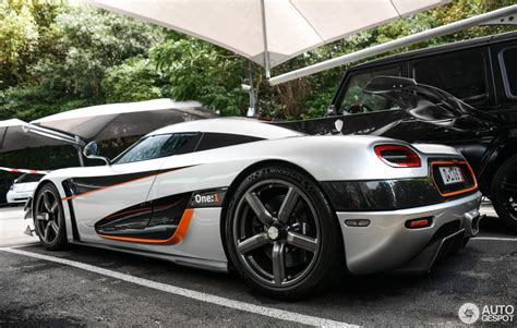 one 1 koenigsegg koenigsegg one 1 1 april 2017 autogespot