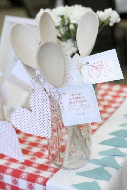 kitchen wedding shower ideas 25 best ideas about kitchen bridal showers on pinterest
