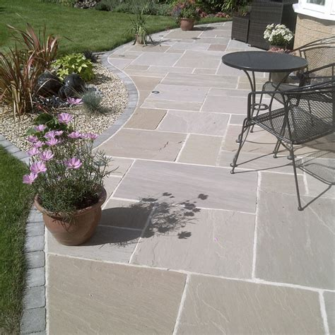 Cheap Garden Paving Ideas Best 25 Paving Slabs Prices Ideas On Pinterest Cheap Paving Slabs Cheap Garden Benches And