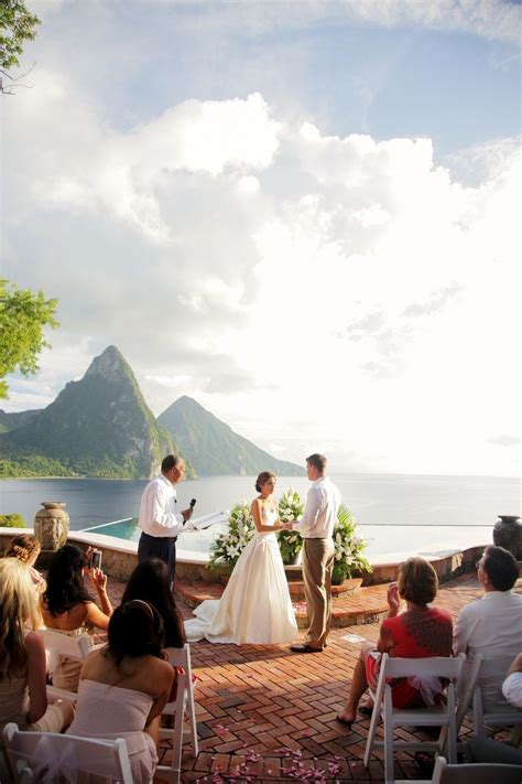 5 Reasons you should consider getting married in St. Lucia