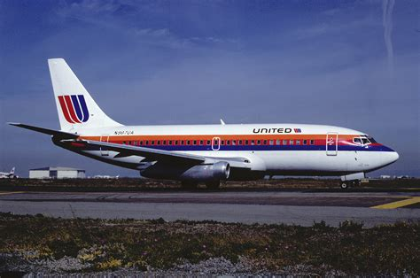 united airline file united airlines boeing 737 291 n987ua november 1988