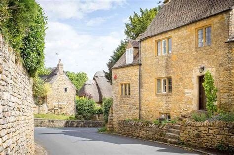 Character Cottages Cotswolds by Cottage To Rent In Ebrington Character Cottages