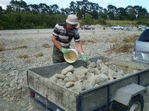 Geotripper Permission To Play Picking Up Rocks In Radio New Zealand National Programmes Spectrum