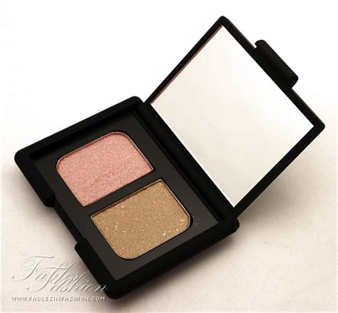 Review Eye Shadow Viva Duo nars duo eyeshadow hula hula review swatches and photos fables in fashion