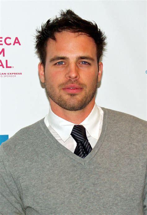 Best Actor Also Search For Al Santos Actor