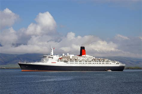 queen elizabeth ii ship the cunard liner rms queen elizabeth 2 qe2 the voyage
