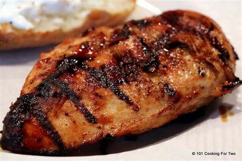 the best juicy grilled boneless skinless chicken breasts