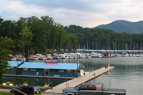 boat marina nc watauga lake marinas