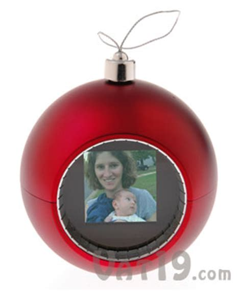 digital photo ornament display 50 photos on the ornament