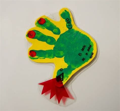 handprint rubber st 17 best images about manualidades on