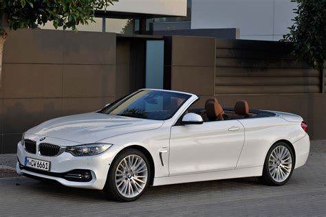 Bmw Series 4 Convertible by Bmw 4 Series Convertible Unveiled Carbuyer
