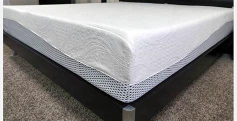 Side Sleeper Memory Foam Mattress by Zinus Memory Foam Mattress Review Side Sleeper Reviews