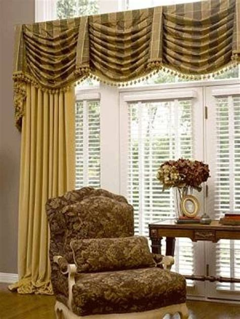 drapes and swags 1000 images about swags cascades jabots on pinterest